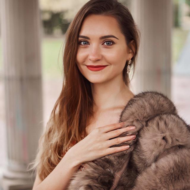 Елена Лазебникова